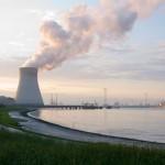 【日本では報道されない】ベルギーのドエル原発で爆発炎上!