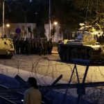 トルコで軍参謀本部(?)がクーデターを起こす!エルドアン大統領は国民に「街頭に出るよう」呼びかけ