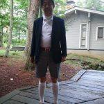 【もう限界】安倍総理のファッションセンスが物議をかもした写真。靴下左右逆とか縦結びとか靴ひも結べてないとか卑怯すぎ!