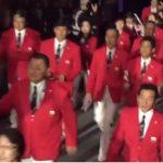 【非難殺到】リオ五輪の日本の入場行進、先頭はおっさん、おばはん(役員)がズラリ!