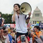SEALDs15日に解散へ!進学・就職へ向かう!
