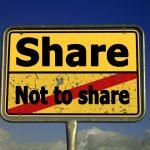 【リンク税】「文章の引用にも税金を」EUの新著作権法案に非難!